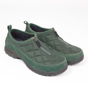 Lands' End hunter green quilted zip up moccasin